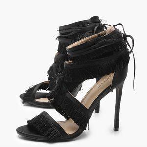 Black fringe wrap strap heel